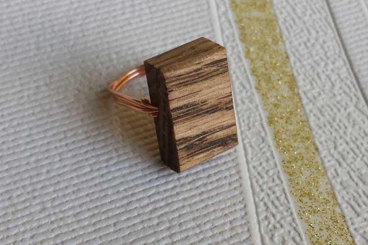 Wooden ladies ring
